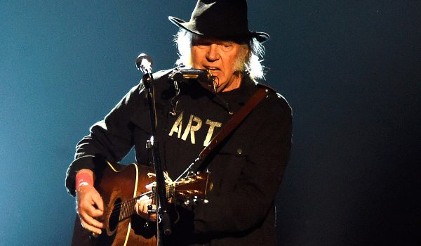 Neil Young's Bid to Become American Citizen Blocked