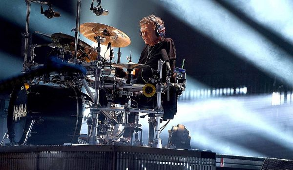 Fan Letters Inspired Def Leppard's Rick Allen to Keep Drumming